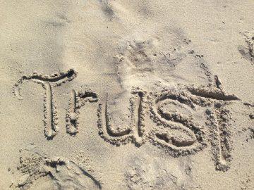 Van wantrouwen naar vertrouwen - Blog Merlijn Groep